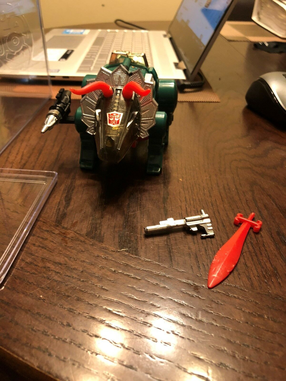 Original Generation  2 G2 Transformers dinobot Vert laicravater 100% complet  bienvenue à l'ordre