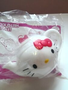 McDonald-Happy-meal-toys-hello-kitty-tea-pot-collection-2017-gift-for-girls