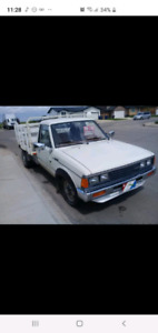Nissan pick up truck 1986