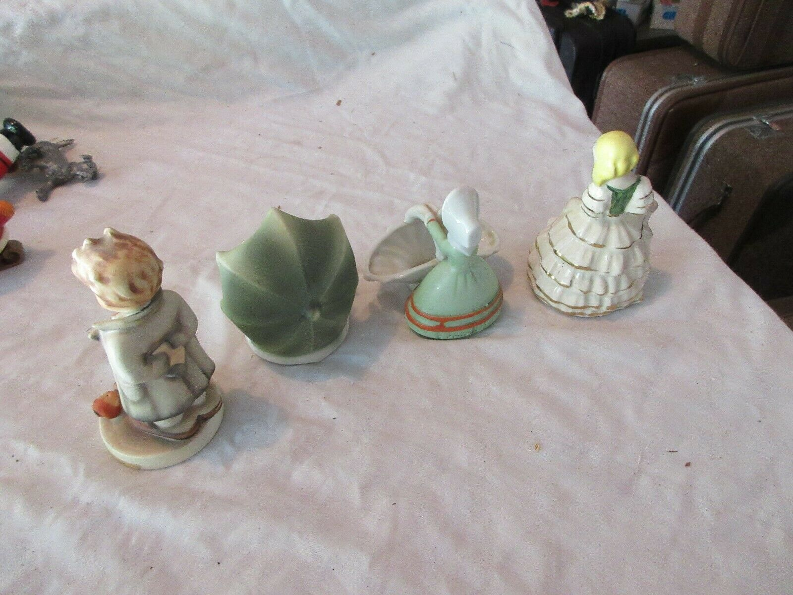 Ceramics , Lot of 4 , Vintage , Collectible , Mixed Siz