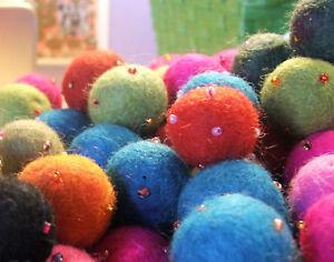 2cm-Beaded-Felt-Balls-beads-x-10-for-jewellery-amp-crafts