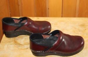 Dansko-Professional-Clogs-Shoes-Burgundy-Size-US-7-5-8-Euro-38-Leather-Slip-On