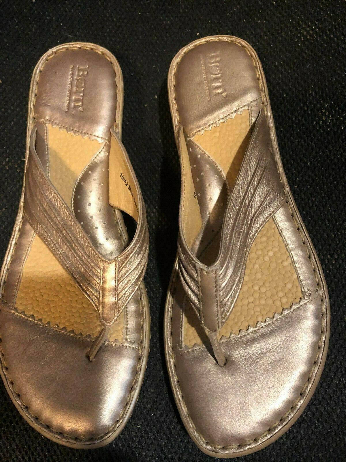 Sandals, BORN, light gold, thong, 1 1 2  heel, well cushioned foot beds, SZ  10M