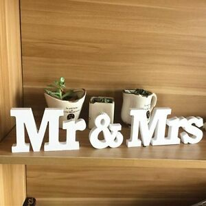 Chic mr mrs wedding letters white wooden mr and mrs for Decoration 9 letters