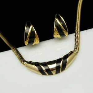 AVON-MONET-Vintage-Necklace-Clip-Earrings-Set-Black-Enamel-Goldtone-Shiny