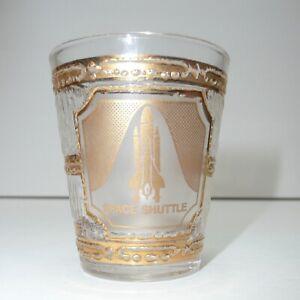 NASA-Space-Shuttle-Shot-Glass-Kennedy-Space-Center-Souvenir-Novelty-vtg-22k-Gold