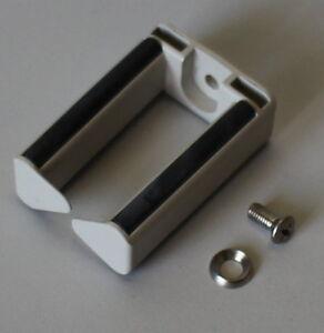 00-91-00886-knurr-Cable-support-bus-solo-pour-armoire-serveur