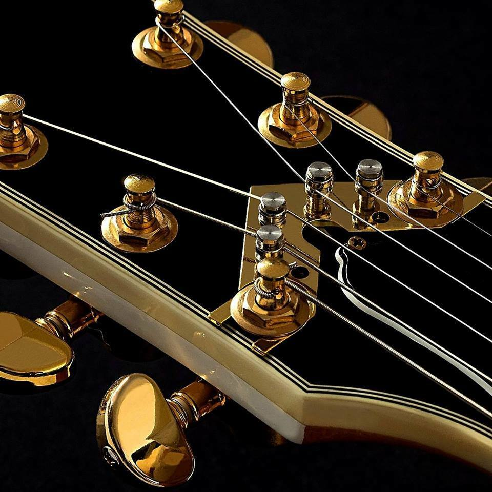 The STRING BUTLER - V2 Gold THE NEW WORLD OF GUITAR TUNING   Just awesome