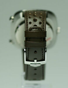 Smoke-vintage-Heuer-Silverstone-chronograph-22mm-rally-band-with-Heuer-buckle