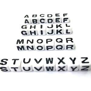 "500 White with Black Acrylic Alphabet Letter ""A-Z"" Acrylic Cube Pony Beads 6X6mm"