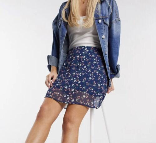 Wednesday/'s Girl Skirt Size S 10 /& M 12  Blue Mini Skirt in Vintage Floral GR90