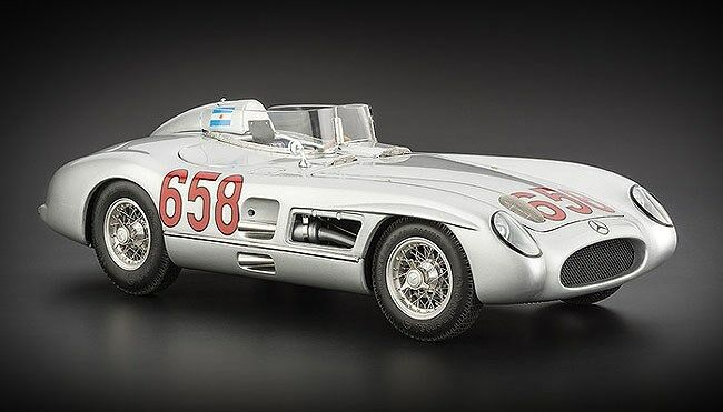 CMC 1:18 Mercedes Benz 300 SLR - Mille Miglia 1955 - Juan Manuel Fangio - M-117