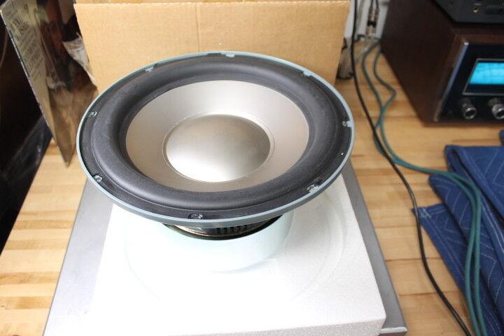 NEW   Infinity Intermezzo C.M.M.D. 12  Subwoofer (335036-001) in Original Box