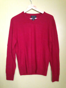 Details about NWT Tahari Pure Luxe 100% Cashmere Men's Deep Red V Neck Sweater L $245