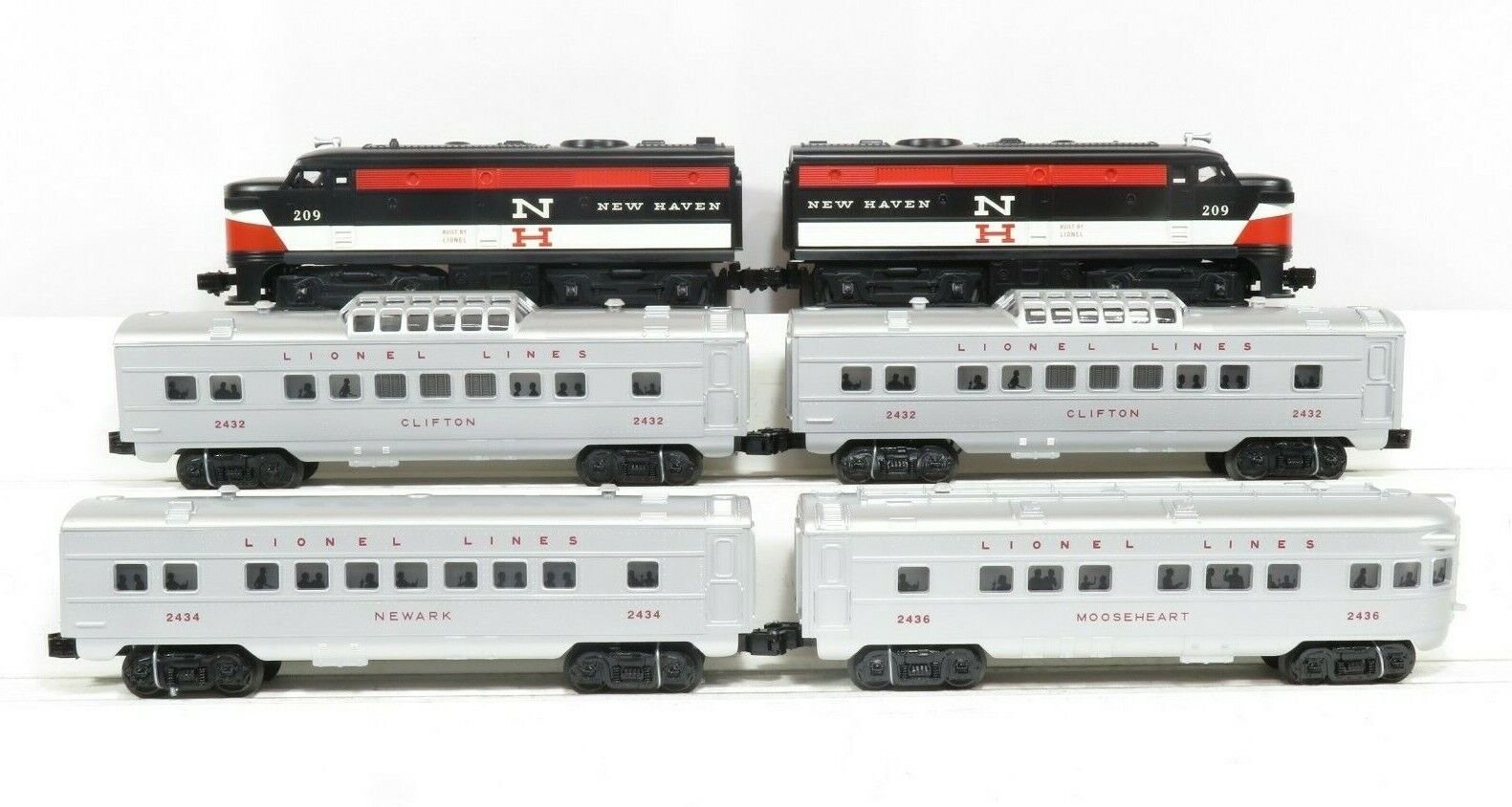 LIONEL 6-52423 New Haven Alco Set1608W W 4 Passenger Cars LN Test Run Only