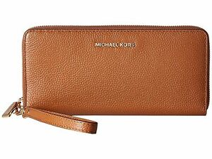 e0bd3e69102ac Image is loading Michael-Kors-Mercer-Pebble-Leather-Travel-Continental- Wristlet-