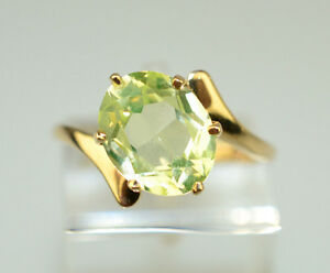 K Green Stone Ring Solitaire