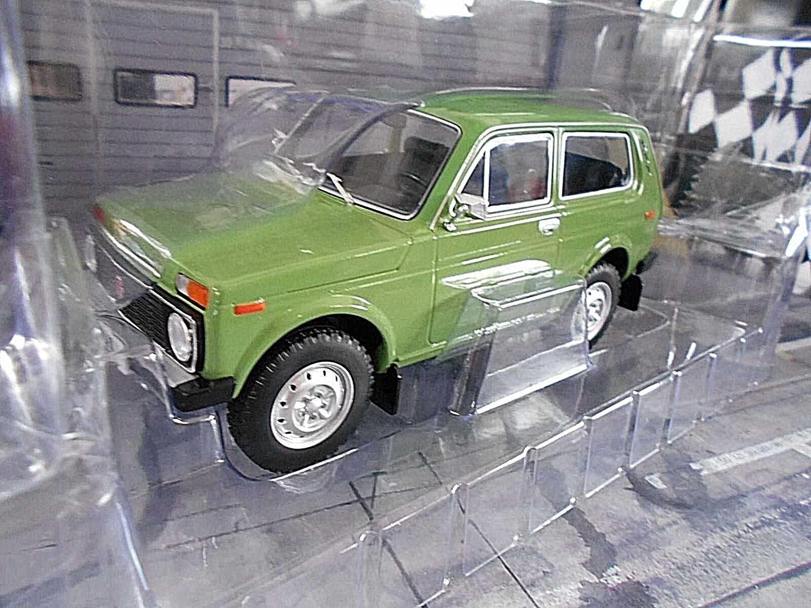 LADA Niva 4x4 Geländewagen Russia SUV grün Grün 1976 MCG SP 1 18  | Moderner Modus