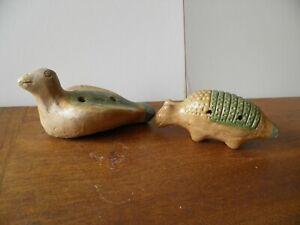 2-sifflets-zoomorphes-en-terre-cuite-culture-Maya
