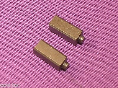 2  SEWING MACHINE CARBON BRUSH FITS SINGER  221 201-2 #192457 5.5X5.5X13MM
