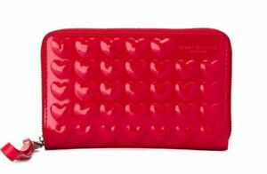 d2a402f84cc Marc Jacobs Embossed Red Heart Patent Leather iPhone 6s Wristlet Wallet