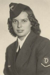 Luftwaffenhelferin-Female-Luftwaffe-Auxiliary-WW2-World-War-4x6-inch-D