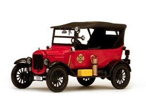 SUNSTAR-1902-FORD-MODEL-T-TOURER-FIRE-CHIEF-model-car-red-1925-1-24th-scale