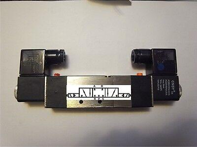 """Pneumatik Ventil 5/3  IG1/4"""" 24 Volt ET4V230c-08-24VDC-MUNDS mitte zu"""