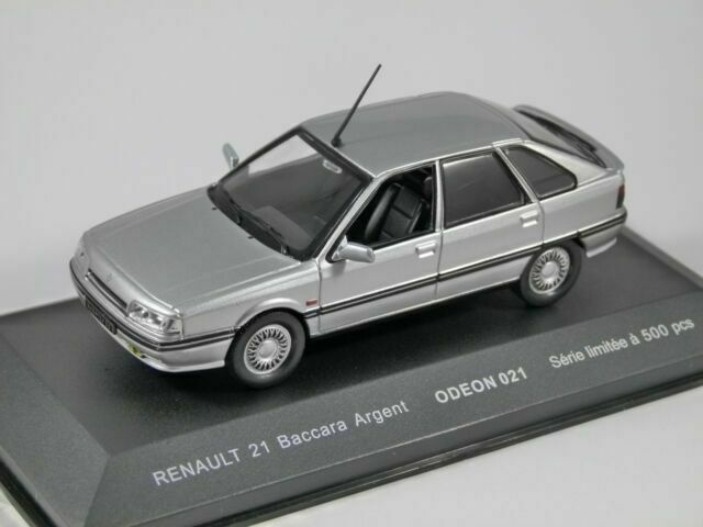 ODEON 021 RENAULT 21 R21 BACCARA ARGENT   1//43