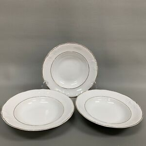Royal-Kent-Collection-Soup-Cereal-Bowls-Poland-White-Gold-Trim-Rimmed-Lot-of-3