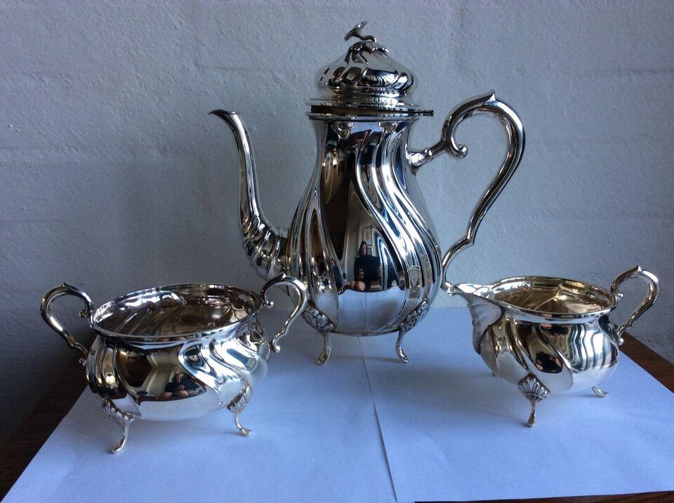 Kaffekande og sukkerskål og flødekande, Pletsølv, 80 år