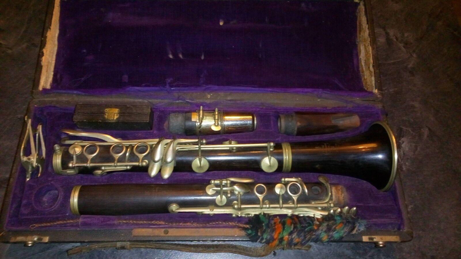 Clarinette LAUBE  La Couture Boussey  Clarinet Musique.