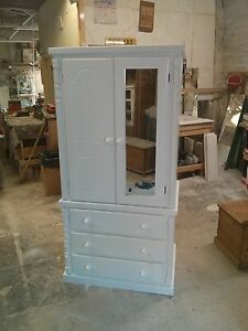 SOLID WOOD PAINTED PINE SHABBY CHIC BUCKINGHAM GENTS 3 DRAWER ROBE ...