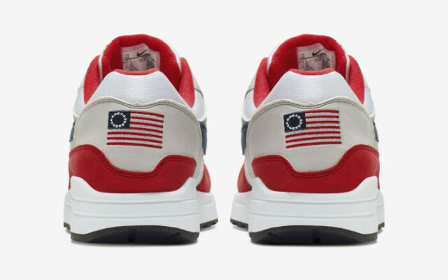 NIKE AIR MAX 1 USA QUICK STRIKE 4TH OF JULY EDITION ~ BETSY ROSS FLAG ~ SIZE 10