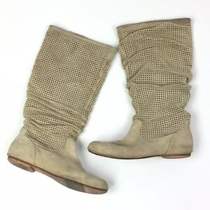 bbaa527edb6 UGG Abilene Boots Cream Beige Ruched Scrunched Perforated S/N 1947 ...