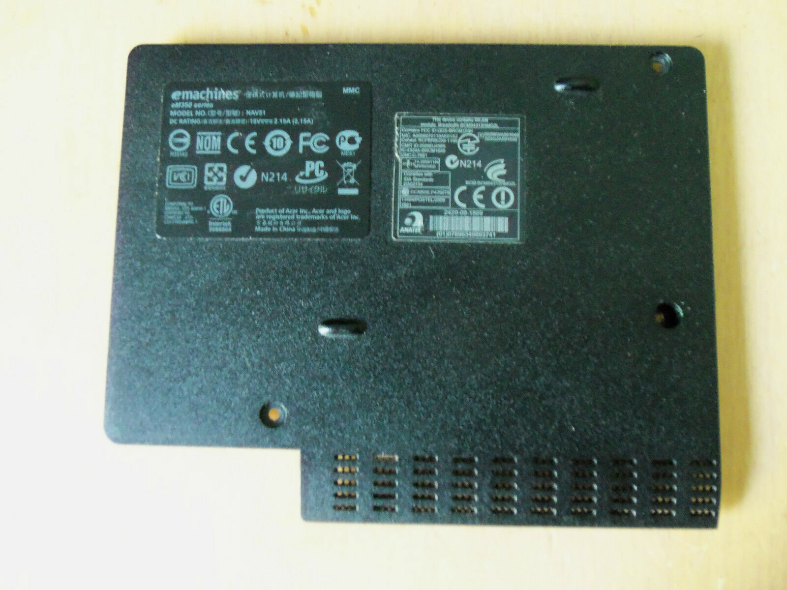 eMachines em350 NAV51 Netbook Bottom HDD Cover/Door AP0AE000500