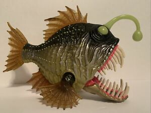 2014-Animal-Planet-TRU-Chap-Mei-Deep-Sea-Angler-Fish-Figure-Toy-Mouth-Moves
