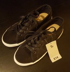 ff85bf9ad79 Brand new with Tag Black Size 4 Shoes Plimsolls Converse Trainer