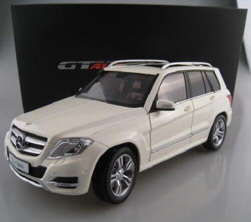Mercedes-Benz GLK  X EN BLANC GTA voiture miniature échelle 1 18 neuf dans sa boîte NEUF  être en grande demande
