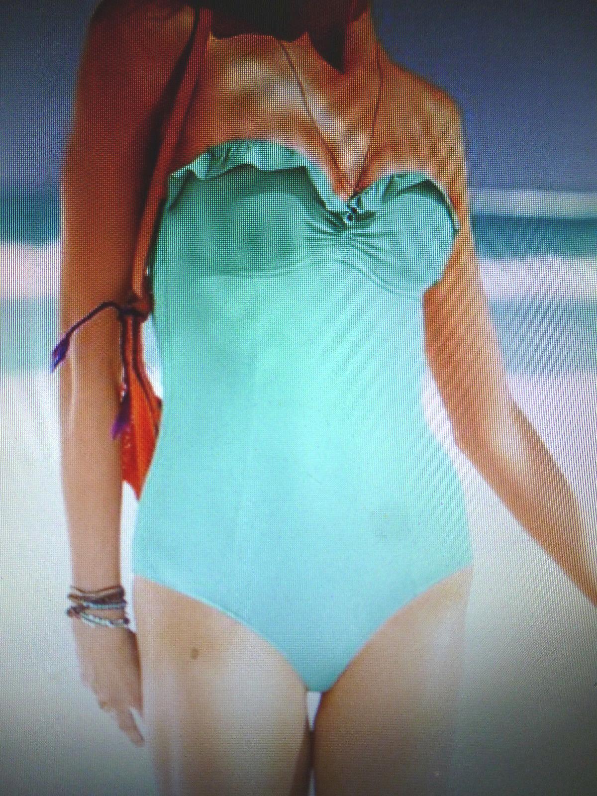 Victoria's Secret MADI Aqua Mist Ruffle Ruffle Ruffle Push-up One Piece Swimsuit SZ-10B bea6d8