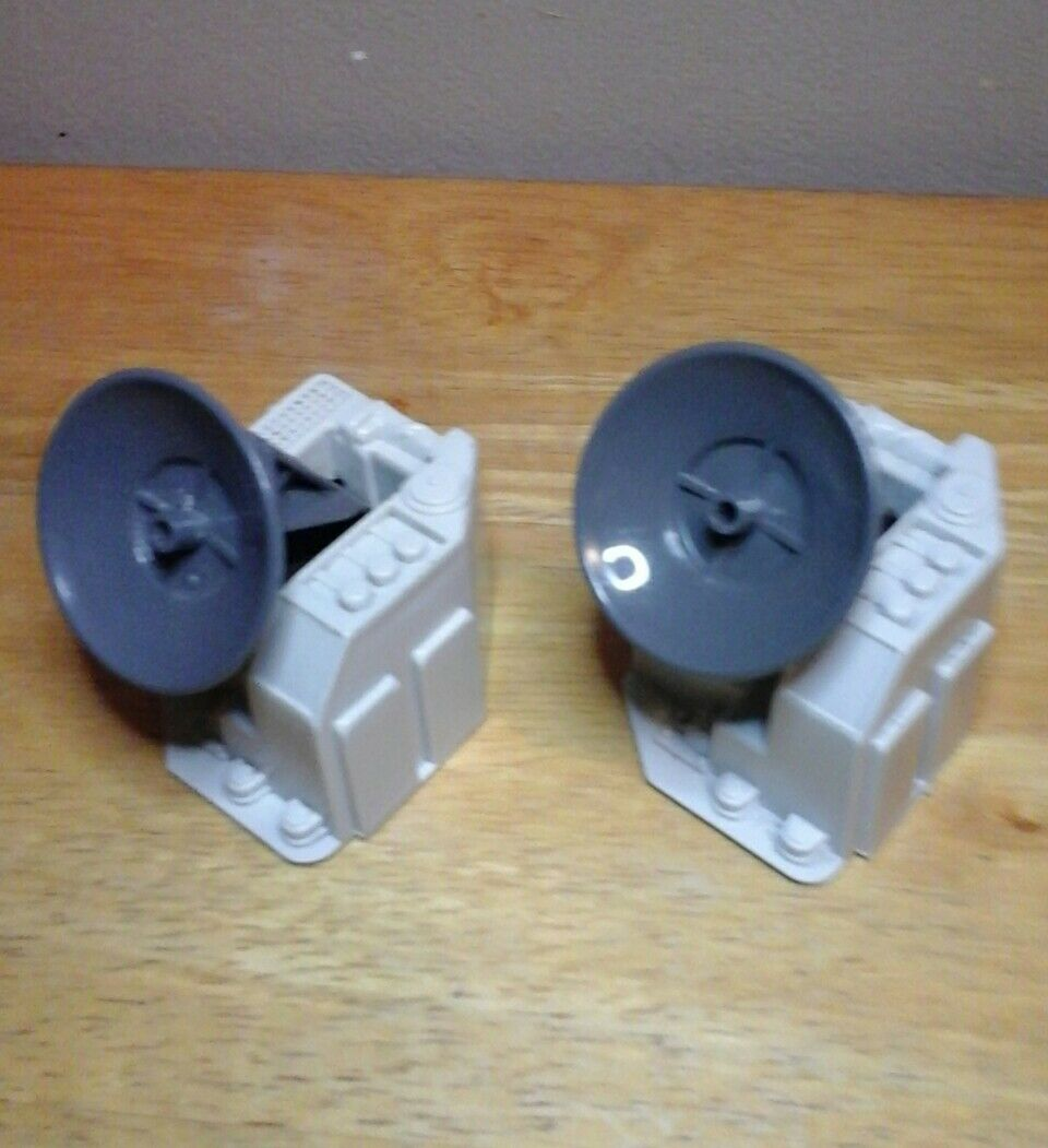 GI Joe 1985 USS FLAGG Parts lot Two Missile Control Radar NICE & WHITE