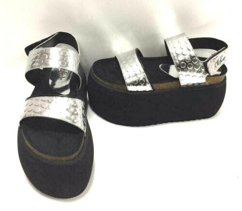 10046 de argentᄄᆭes Buffalo Sandales avec mᄄᆭtalliques ᄄᆭpaulettes 01 Classics noires 8b thxBQdsorC