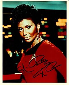 Nichelle Nichols autograph 8x10 photo STAR TREK UHURA