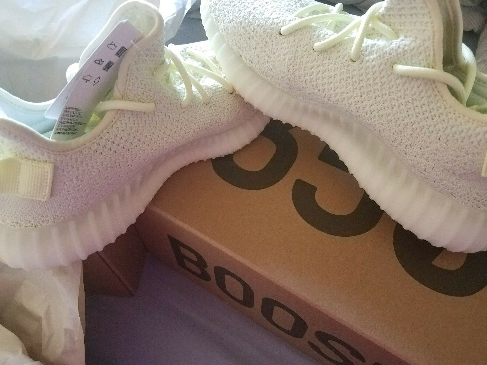 NEW ADIDAS YEEZY BOOST 350 V2 NEW BUTTER SIZE 6 BRAND NEW V2 bf4d1b