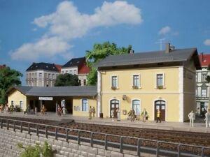 Bahnhof 11369 von Auhagen