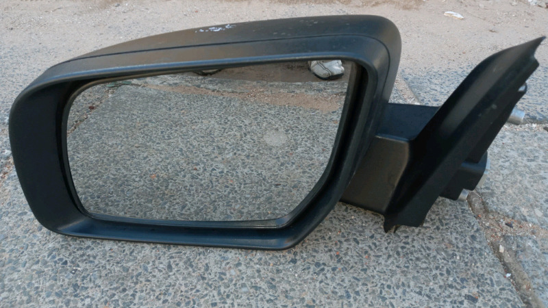 FORD RANGER T6 ELECTRONIC LEFT SIDE MIRROR