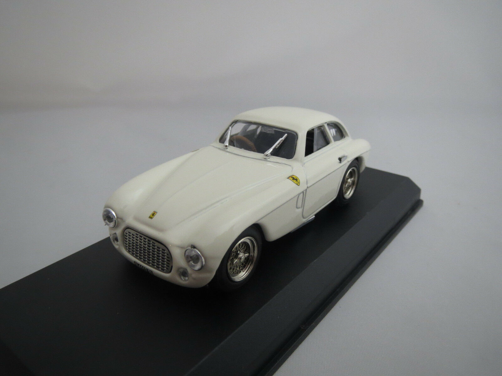 ART Model  Ferrari  166  MM  Stradale   1948-53   (white)  1 43  in OVP