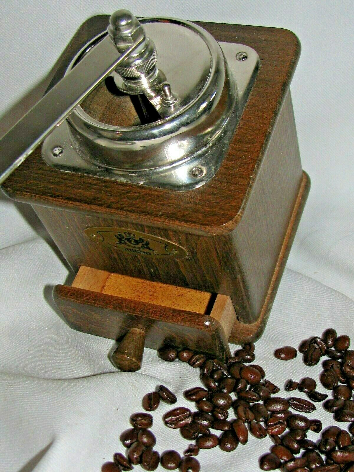 ZASSENHAUSE MANUAL COFFEE MILL GRINDER  MODEL BRASILIA  BEECH