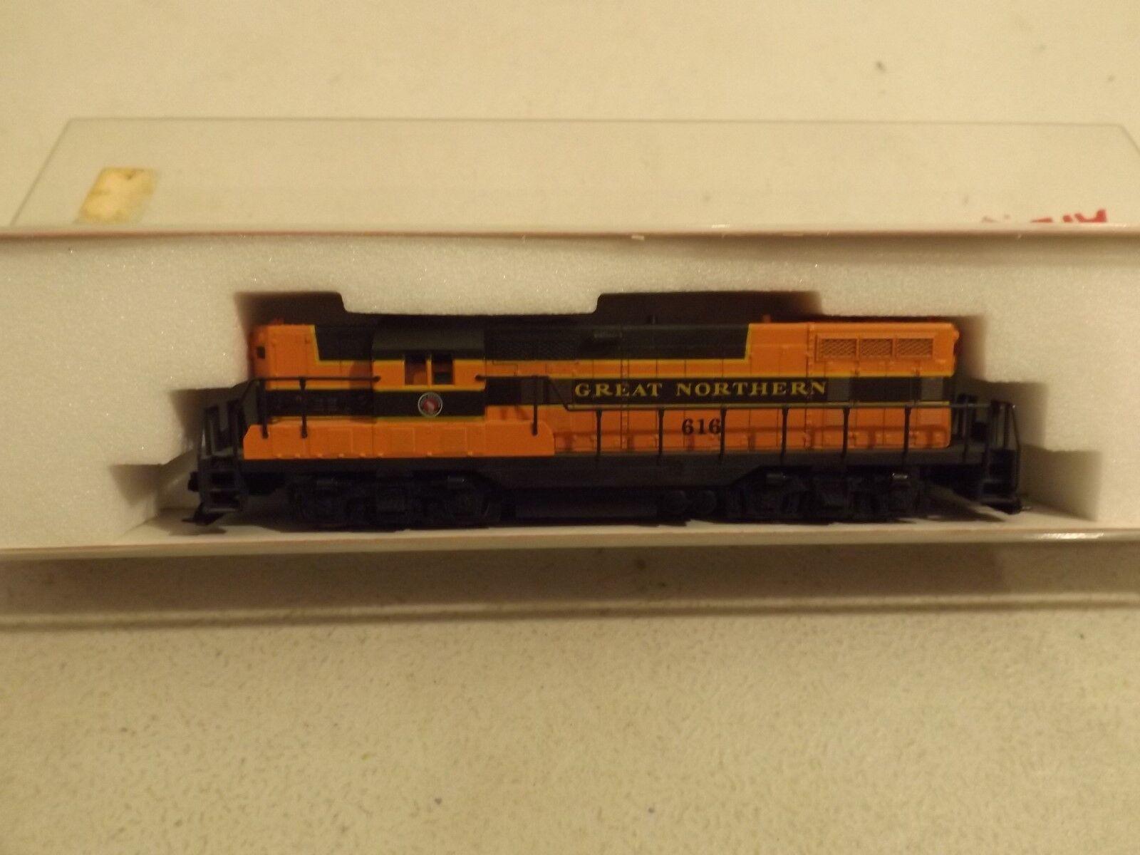 N Atlas Great Northern GP 7 diesel engine in original box