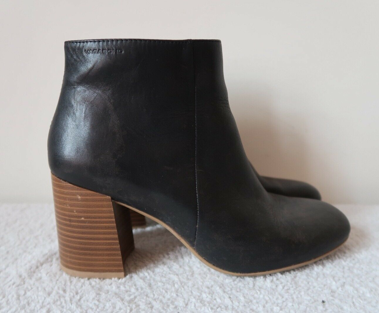 Black Boots Size 6 VAGABOND Stacked Tiered Block Heel Ankle Booties Leather